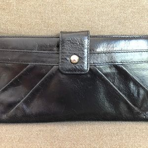 Hobo International Wallet Black Glazed Leather